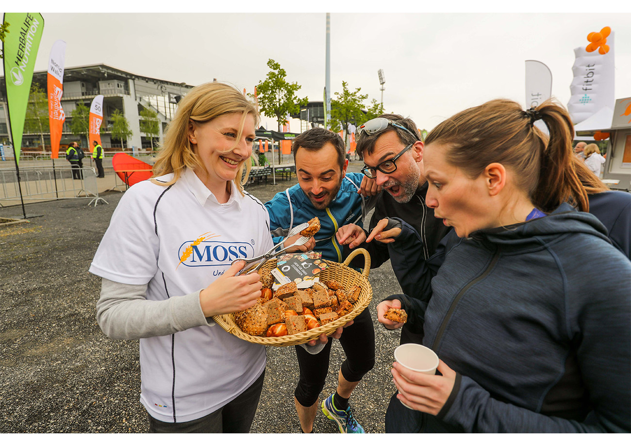 Individuelle Product Samplings (Bäcker MOSS – Regio-Partner des B2Run Aachen 2017)